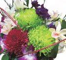 2月末まで、ブーケの花をボリュームアップ