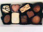 ココアバター100%ベルギーチョコでバレンタインデーを攻略!「レオニダス千里中央店」
