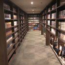 海老名の温浴施設『OYUGIWA』はまるで秘密基地の図書館⁉