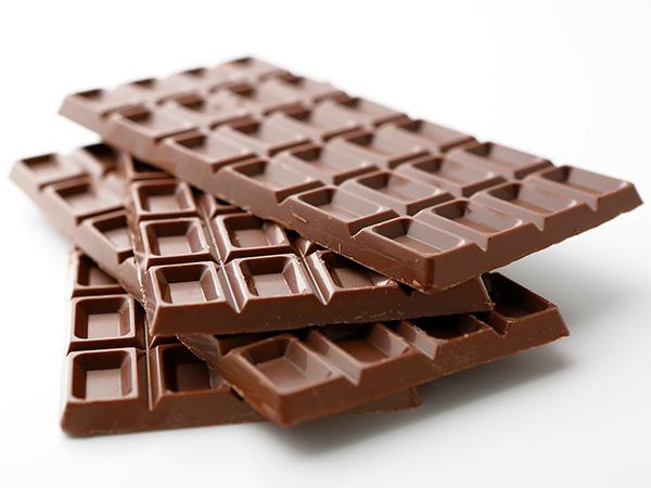 人気の「明治 ザ・チョコレート」豪華10種セットが10人に当たる!