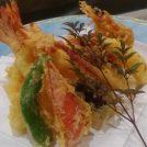 大阪・天満橋の割烹料理店「おかもと」でおいしい天ぷらや一品と日本酒を