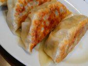 幕張本郷駅前の麺屋わたるのジャンボ餃子はジャンボな満足