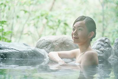 リビング読者向けお得プラン誕生!!露天風呂&美食を満喫する極上旅5選