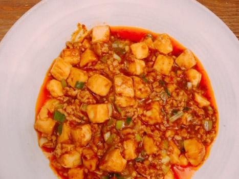 必要な食材は3つだけ!<ISETAN MITSUKOSHI THE FOOD>の中華の素で本格カンタン麻婆豆腐!
