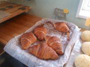 パリパリクロワッサンがおいしい!パン屋はなひな【亘理町】