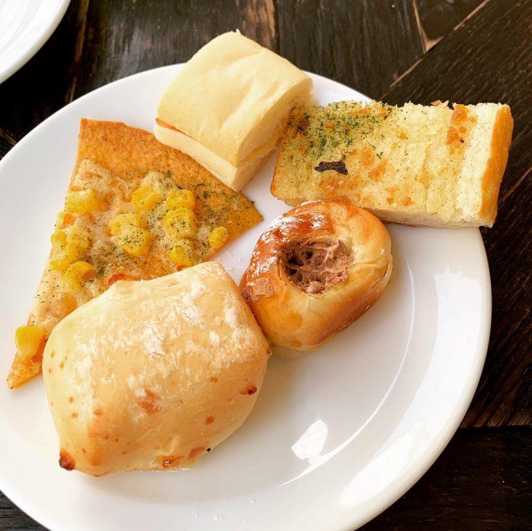 一軒家風おしゃれレストランで吉祥寺Lunch★パンの種類が豊富!