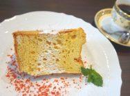 大きなシフォンケーキに大満足♪アートも楽しめる茨木のギャラリーカフェ「GACA(ガカ)」
