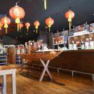 神田外語大学の学食、アジアン食堂 食神がおもしろい