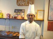 ネパール人シェフが作るパンが話題♪人気のカレーパンは午後1時に!吹田「パン デ キラン」