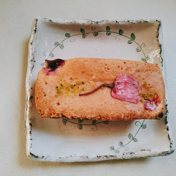 驢馬桜パウンドケーキ
