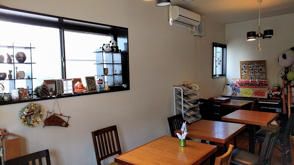 CafeDock_interior_01