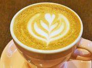 限定カフェラテが気になる!茨木「INABAコーヒー」で濃厚ガトーショコラとともに