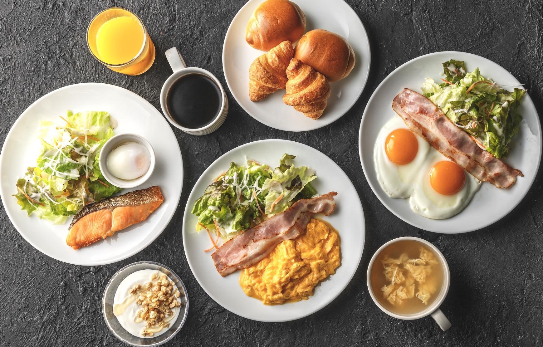 ホテルのレストランで、ちょっと贅沢な朝ごはんを楽しみませんか