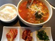 韓流スターも来店!?本場韓国の家庭料理が人気の大阪・今里「オモニ美道」