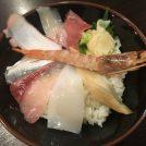 500円の激安海鮮丼が名駅で食べられる!柳橋中央市場「いごこ家」