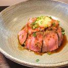 江戸川台「まぐろや けまり」は、まぐろ三昧丼・ローストビーフ丼(ランチ800円)がおススメ
