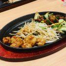 【鹿児島市】目の前の鉄板で焼かれた絶品お肉を味わうならここ!!「鉄板焼 薩摩ホルモン舗」