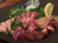 新鮮な近江しゃもの刺身にすき焼きが絶品!大阪・北浜「軍鶏十番」