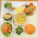 野菜たっぷり!限定20食のマザーズランチ/春日井「ブッシュドプーレ」