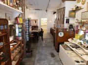 カフェ併設のギャラリーがオフィス街の癒やし空間。大阪・谷四「The 14th.MOON」