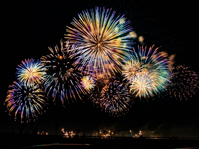 としまえん【花火フェスタ】8月1日は入園無料!