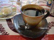 「シモト珈琲」は本格インドカレーも食べられる自家焙煎珈琲店(梶が谷駅)