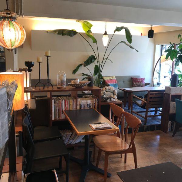 cafeCrema店内