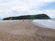 【指宿】期間限定で出現する砂州「いぶすき砂の道ちりりんロード」を歩いて、知林ヶ島へ行ってきた!