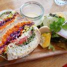 生野菜ぎっしりサンドがボリューム感ありすぎ!大阪・北浜「ノースショア」