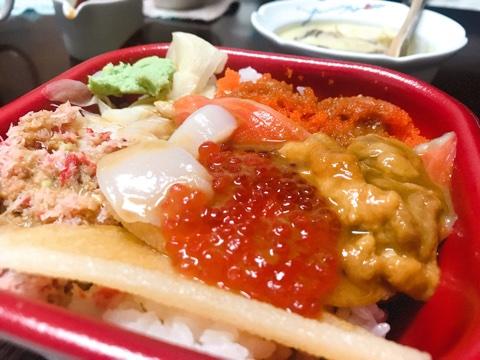 【丼丸】ワンコインで美味しい海鮮丼だよ♫