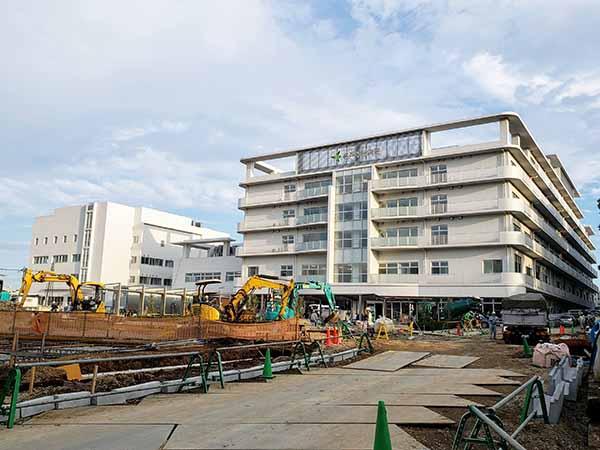 名戸ヶ谷病院‗工事中外観01