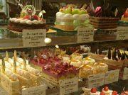 旬なフルーツたっぷりのケーキ屋「パティスリータケモト」@東浦和