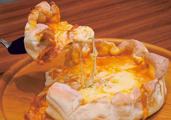 「Love&Cheese!!」のシカゴピザ