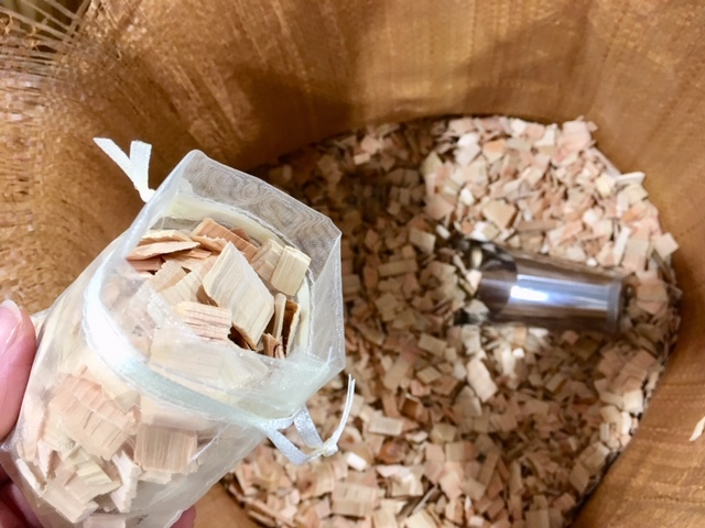 防虫、防臭におすすめ!ヒノキチップが意外な店でお得に買える!
