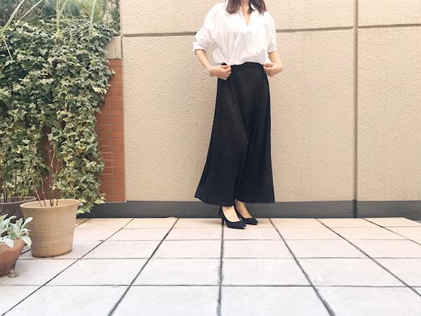 【GU】絶対使えるサテンスカートが590円に値下げ!!