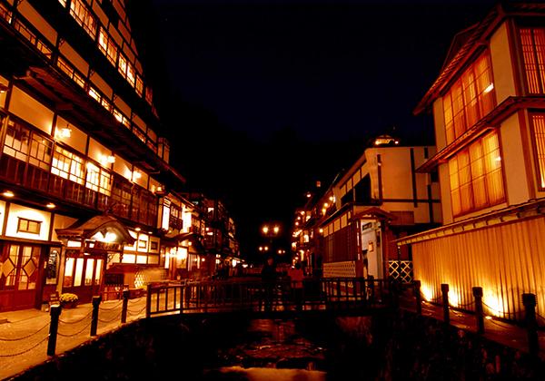ginzan-night_w600