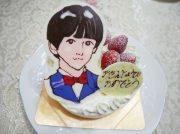誕生日ケーキに似顔絵を添えて…「パティスリー クーシュ」@南越谷
