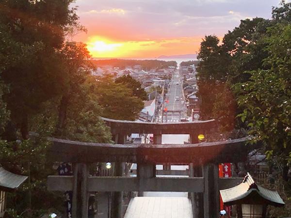 見てみたい!嵐CMで有名な絶景、福岡・宮地嶽神社「光の道」と奉祝御朱印