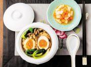 卵入り肉団子のスープ煮 柿と大根のごま風味
