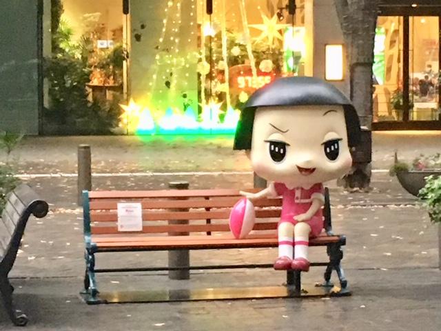 【東京駅】チコちゃんとツーショット出来るベンチがあります♡
