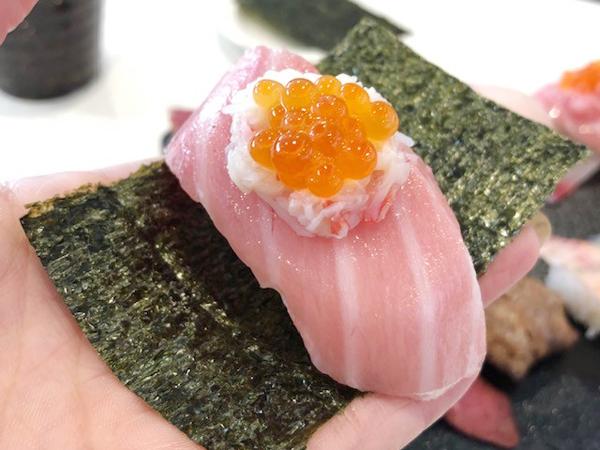 知ってる?かっぱ寿司のつかんで食べる「三段つかみ寿司」
