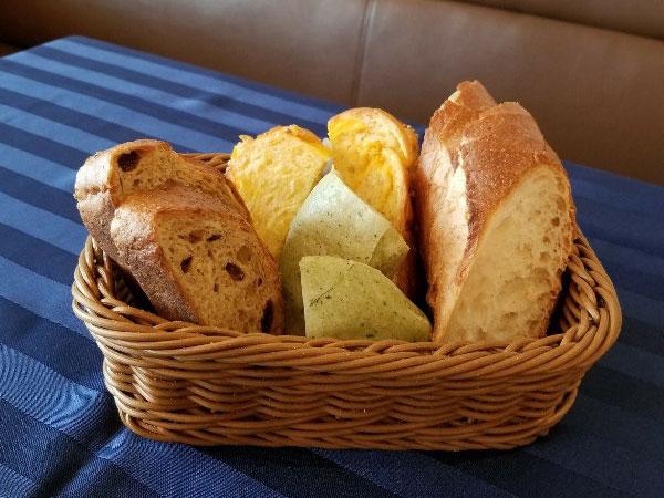 【パンまとめ12選】もっと食べたい♪高級食パンから地元の名店まで