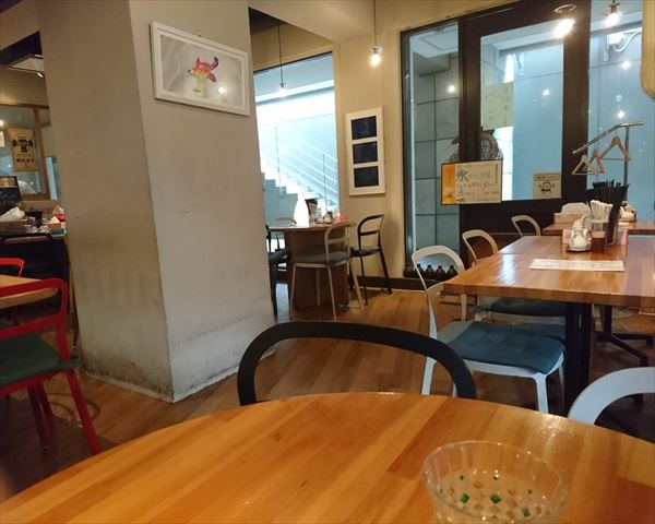 ウミガメ 食堂