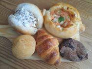 焼きたてパン約100種類!品揃ピークはお昼前!吹田「プティ・ラプティ千里山店」