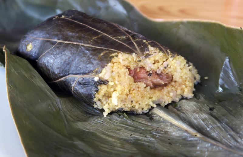 台湾台東・原住民の小米粽