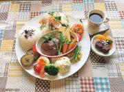 【NEW OPEN】彩り豊かなワンプレートランチが楽しめるカフェ「Comme moi.」